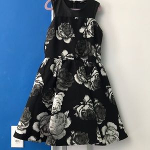 Black and White Floral Party Dress only worn once
